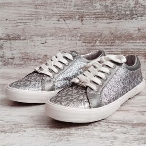 Michael Kors Shoes - ⚅NWT Michael Kors Glittery MK Sneakers